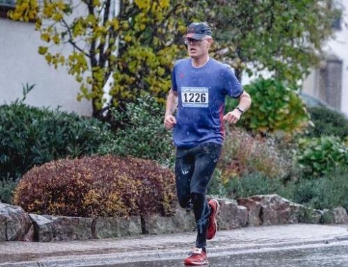 Läufer der LTF Theeltal präsentieren sich in Topform beim 29. Martinslauf in Losheim.